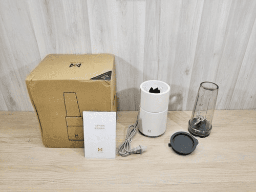 Комплектация блендера Xiaomi Pinlo Monster Cooking Machine