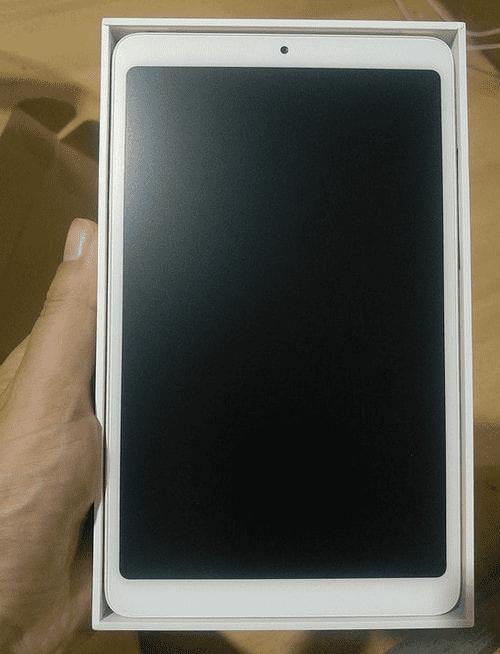 Внешний вид планшета Xiaomi Mi Pad 4