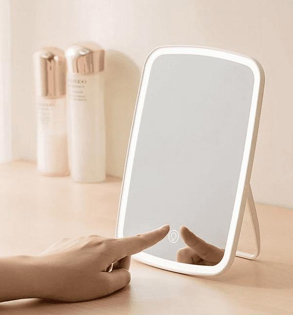 Особенности конструкции зеркала для макияжа с подсветкой Xiaomi Jordan Judy Desktop Mirror LED Tri-color