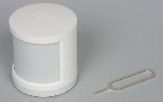 Внешний вид датчика движения из комплекта Xiaomi Mi Smart Home Kit