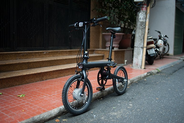 Электровелосипед Xiaomi MiJia QiCycle Folding Electric Bike Pro черного цвета
