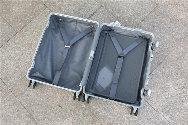 Фото чемодана Xiaomi Mi 90 Points Metal Suitcase 20