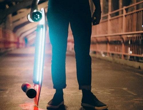 Пример работы подсветки электроскейта Сяоми