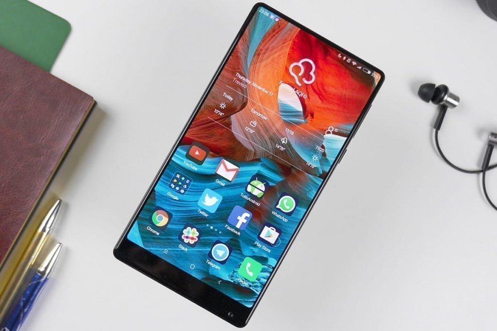 Китайский фаблет Xiaomi Mi MIX 2