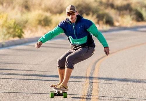 Пример катания на электрическом скейте Ксиаоми